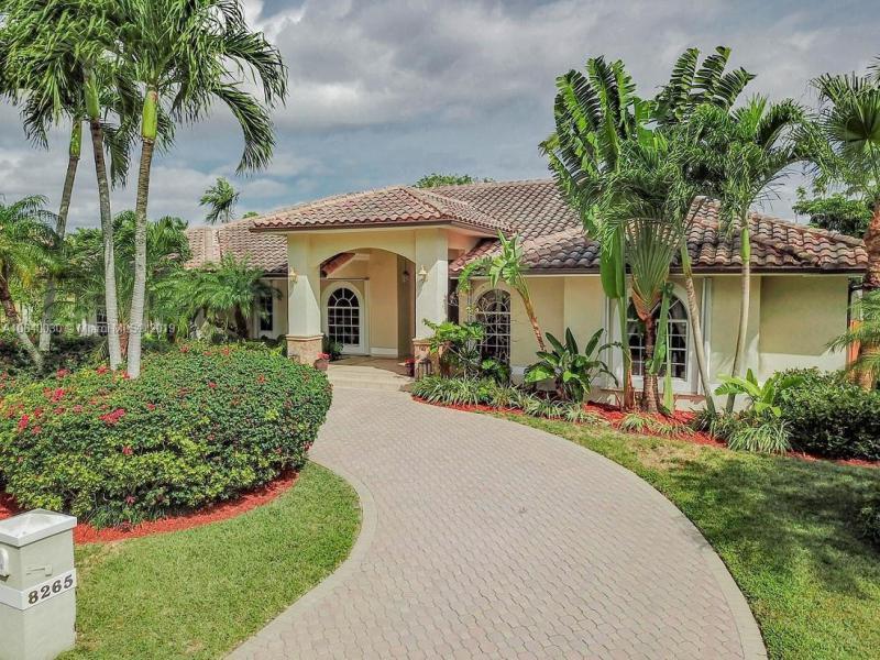 8265 SW 84th Ter,  Miami, FL