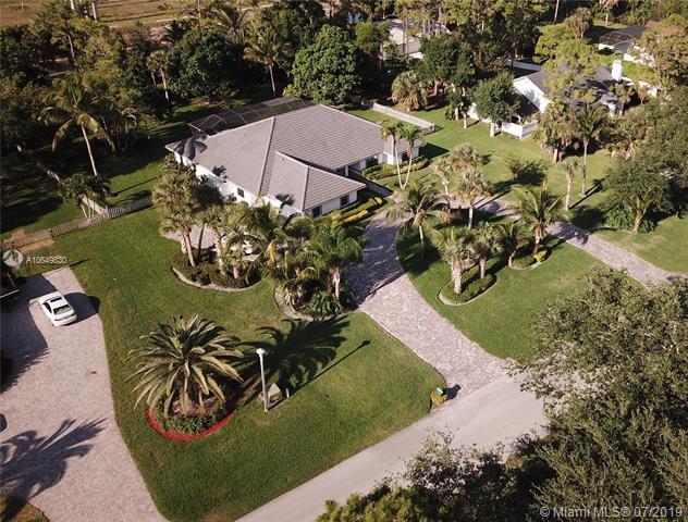 13768 Doubletree Trail, Wellington FL 33414-
