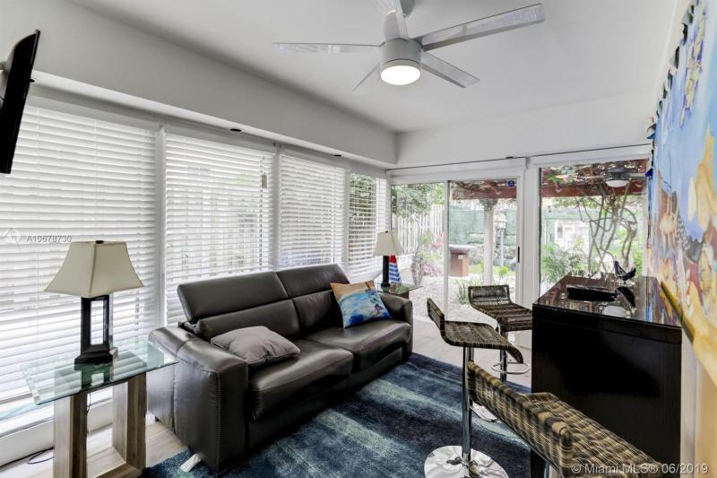 302 189th St, Sunny Isles Beach, FL, 33160