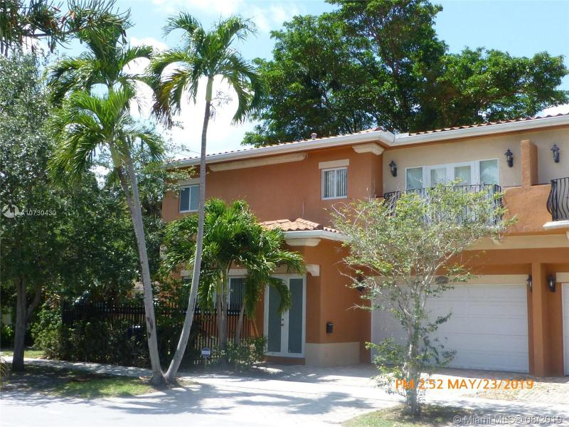 407 SW 12th Ct,  Fort Lauderdale, FL