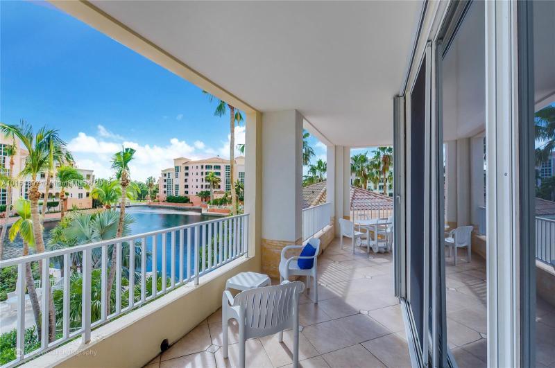 Key Biscayne Condo/Villa/Co-op/Town Home A10161897
