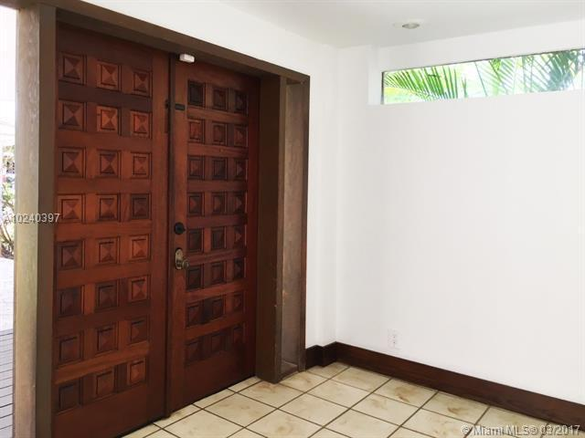 For Sale at  1025 NE 120Th St Biscayne Park  FL 33161 - Priors 1St Addn To Biscay - 4 bedroom 2 bath A10240397_15