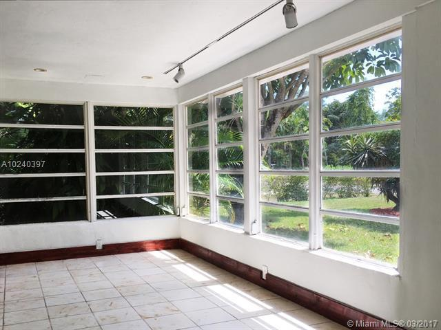For Sale at  1025 NE 120Th St Biscayne Park  FL 33161 - Priors 1St Addn To Biscay - 4 bedroom 2 bath A10240397_4