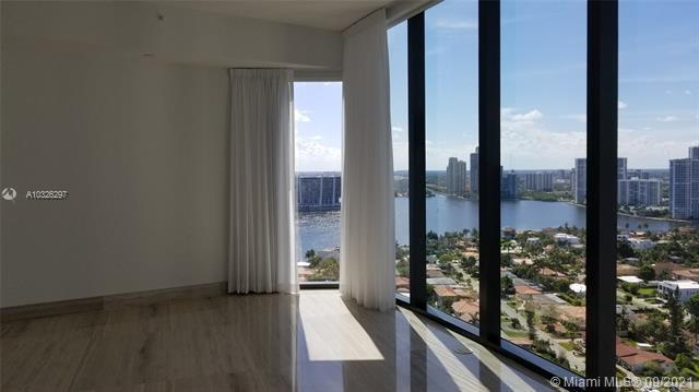 18555  Collins Ave  Unit 2305 Sunny Isles Beach, FL 33160-2703 MLS#A10326297 Image 11
