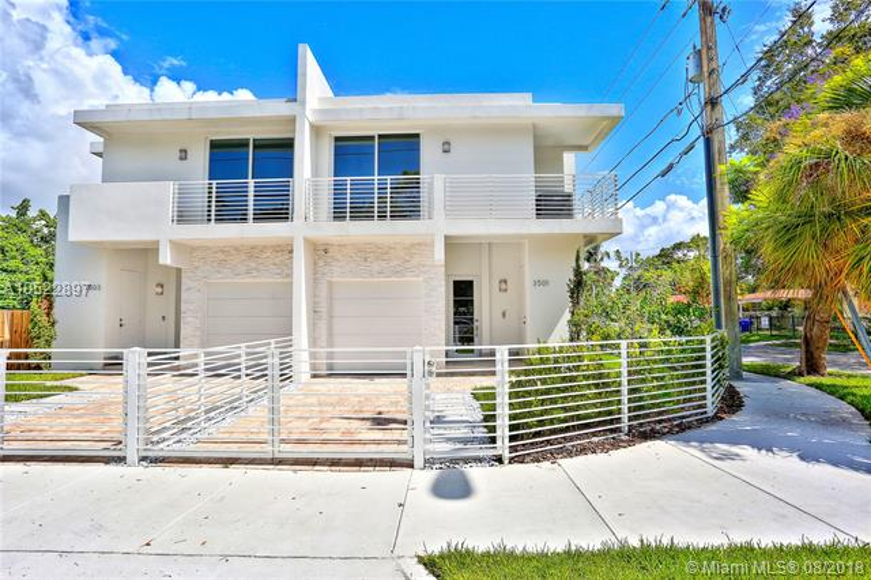 Day Ave & Hibiscus Condo - Coconut Grove - A10522897