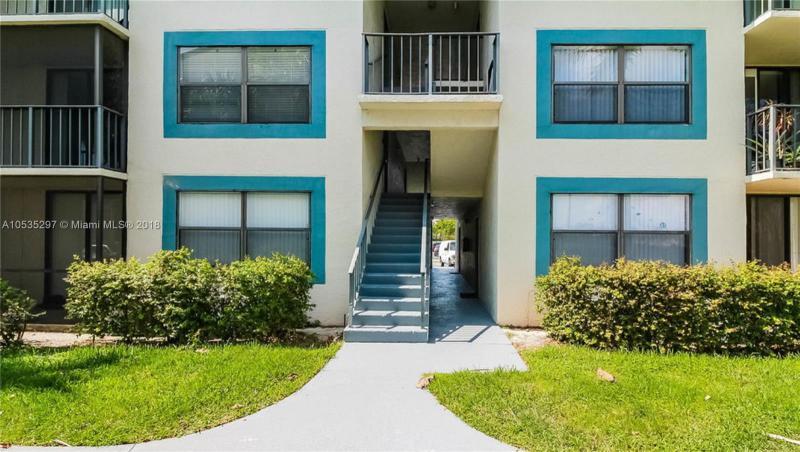 1017  13th St , West Palm Beach, FL 33401-2829