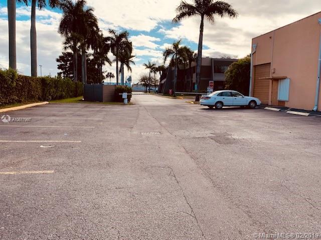 2111 W 76th St, Hialeah, FL, 33016