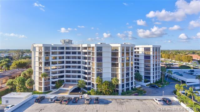 13951  Kendale Lakes Cir  Unit 601, Miami, FL 33183-