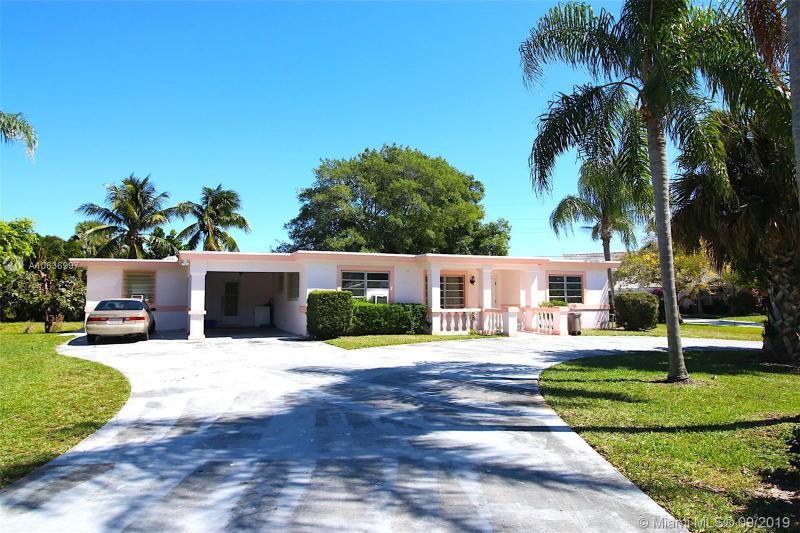7504 Pine Tree Lane, Lake Clarke Shores FL 33406-