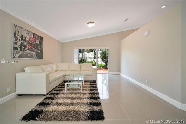 1502 SW 149th Ave, Pembroke Pines, FL, 33027