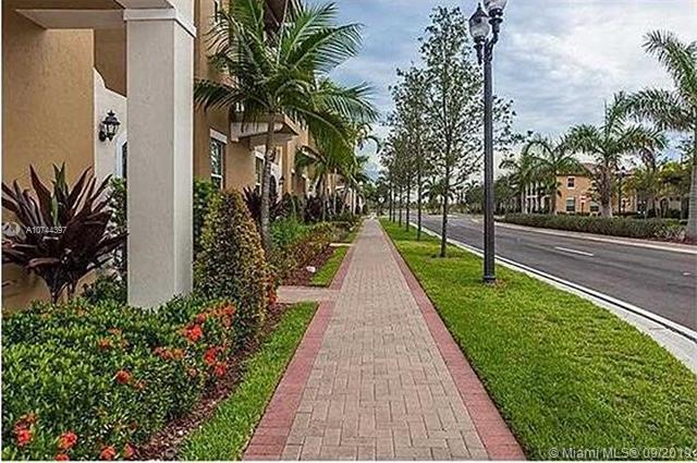 965 SW 147th Ave 2504, Pembroke Pines, FL, 33027