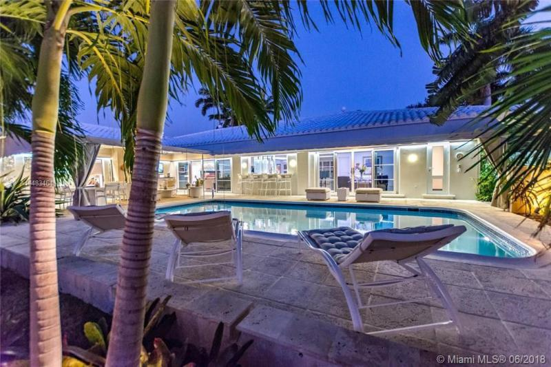 5561 Bayview Dr, Fort Lauderdale, FL, 33308