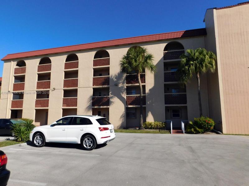 3190  Holiday Springs Blvd  Unit 4, Margate, FL 33063-5411