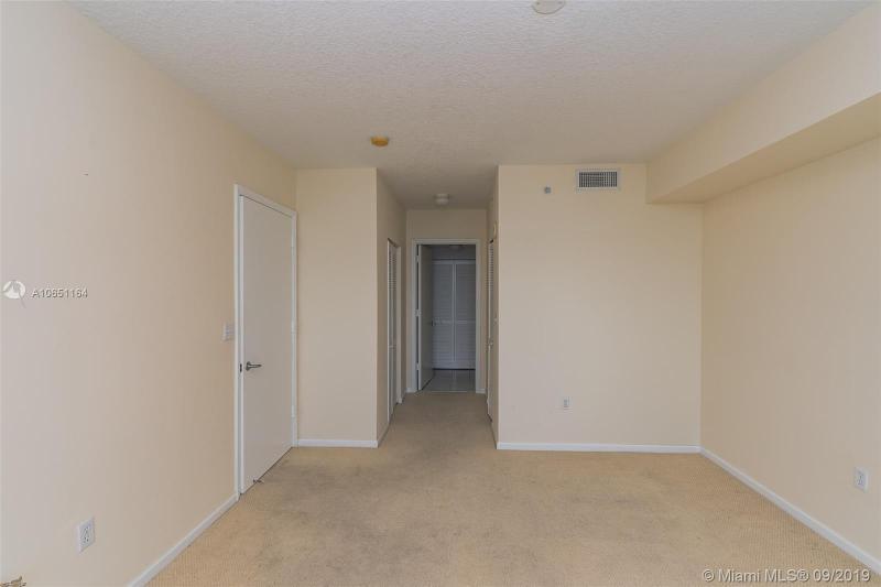 1881 79th St Cswy 901, North Bay Village, FL, 33141