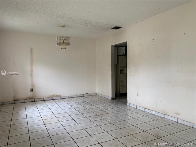 105 W 56th St, Hialeah, FL, 33012