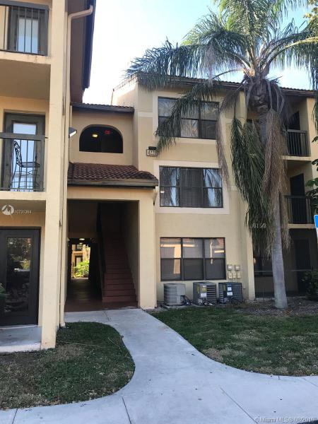 4221 W McNab Rd,  Pompano Beach, FL