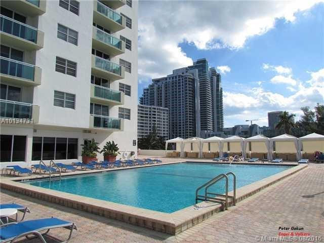 3001 Ocean Dr  Unit 303, Hollywood, FL 33019