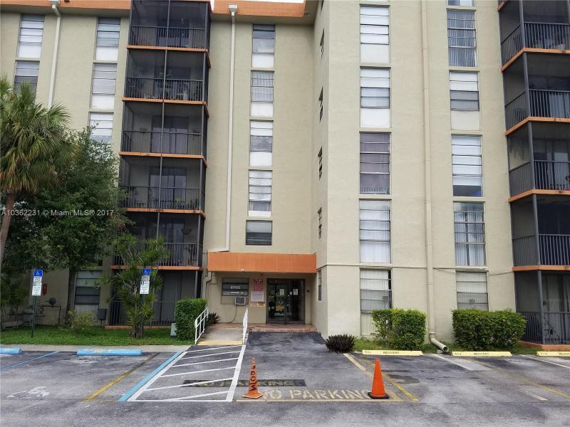 15360 NE 13th Ave , North Miami Beach, FL 33162-5514