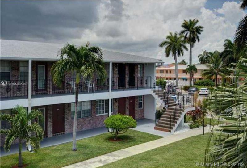 COLONIAL HOUSE CONDO COLONIAL