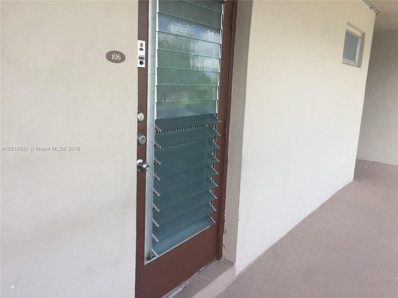 5901 NW 61st Ave  Unit 106 Tamarac, FL 33319-2219 MLS#A10514331 Image 2