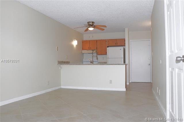 4104 NW 88 AVE , Coral Springs, FL 33065-