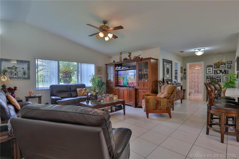 13340 NW 104th Ave, Hialeah Gardens, FL, 33018