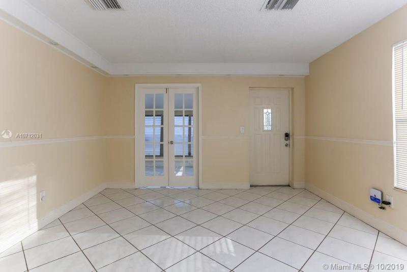 200 SW 24 AVE, Fort Lauderdale, FL, 33312