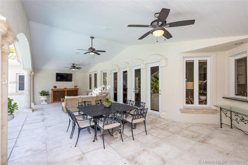 2820 Alhambra Circle, Coral Gables, FL, 33134