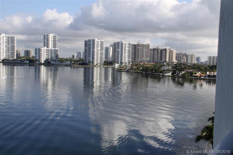 18100 N Bay Rd 802, Sunny Isles Beach, FL, 33160