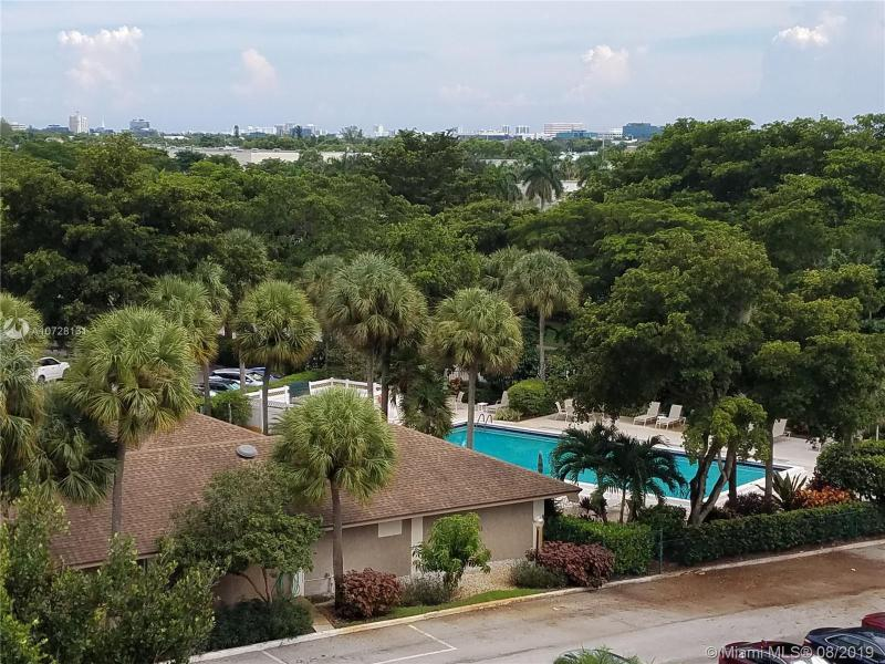 4015 W Palm Aire Dr 602, Pompano Beach, FL, 33069