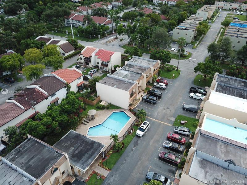 3900 SW 52nd Ave 403, Pembroke Park, FL, 33023