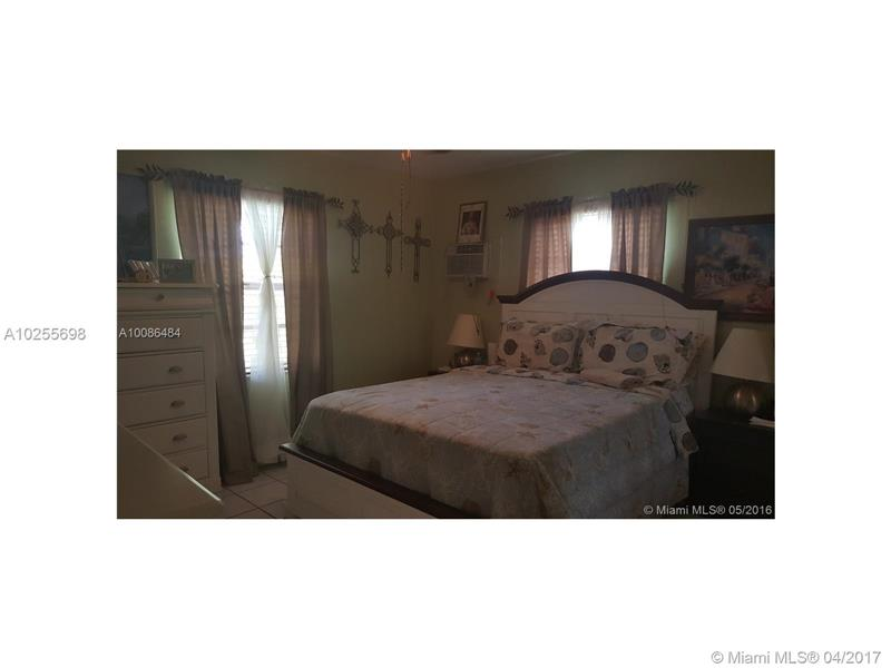 For Sale at  13760 NW 5Th Ave North Miami  FL 33168 - Nichols Heights - 2 bedroom 1 bath A10255698_6