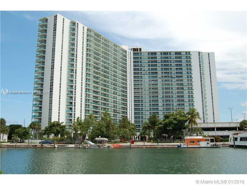 500 Bayview Dr, Sunny Isles Beach FL 33160-4748