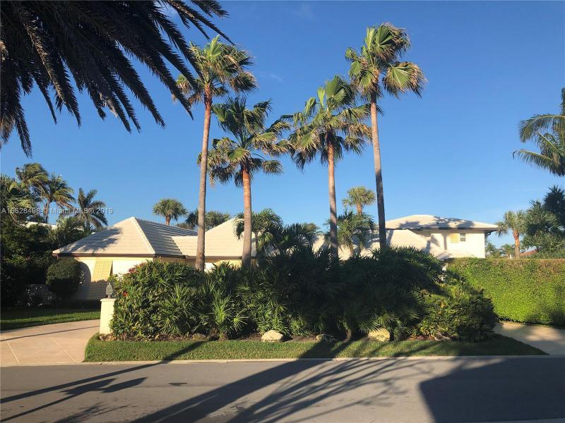 27 Ocean Drive, Jupiter Inlet Colony FL 33469-
