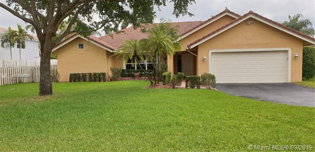 466 E Royal Cove Cir , Davie, FL 33325-6772
