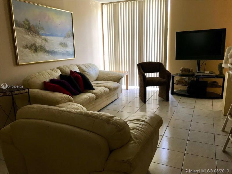 210 172 130, Sunny Isles Beach, FL, 33160