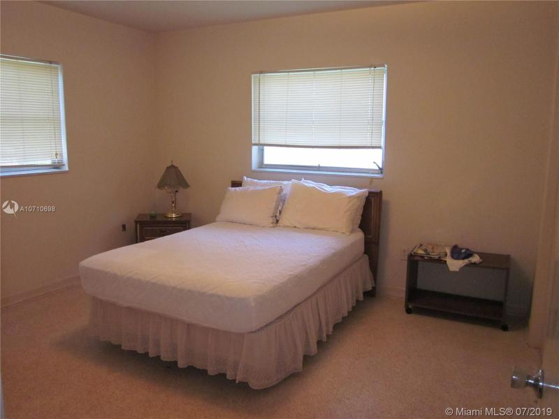 810 Benevento Ave, Coral Gables, FL, 33146
