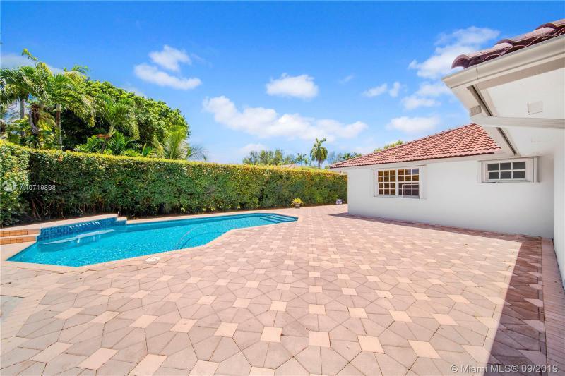 5990 SW 56th St, South Miami, FL, 33155