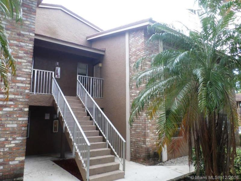 Coral Springs Condo/Villa/Co-op/Town Home A10188365