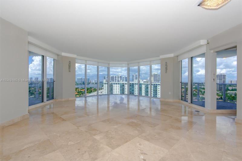 Residential Rental En Rent En Miami-Dade  , Sunny Isles Beach, Usa, US RAH: A10343165