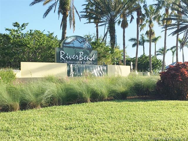 3120 E RiverBend Resort Blvd, LABELLE, FL, 33935