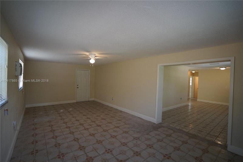 Imagen 4 de Single Family Florida>Miami>Miami-Dade   - Sale:199.900 US Dollar - codigo: A10417865