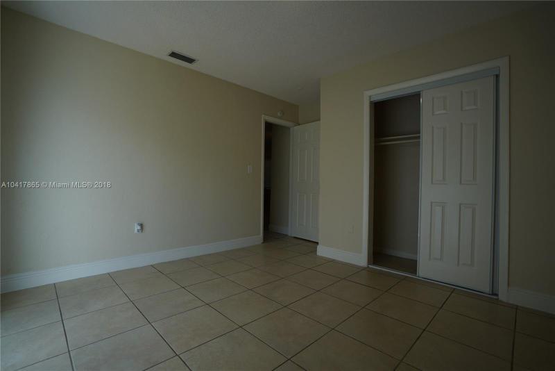 Imagen 7 de Single Family Florida>Miami>Miami-Dade   - Sale:199.900 US Dollar - codigo: A10417865