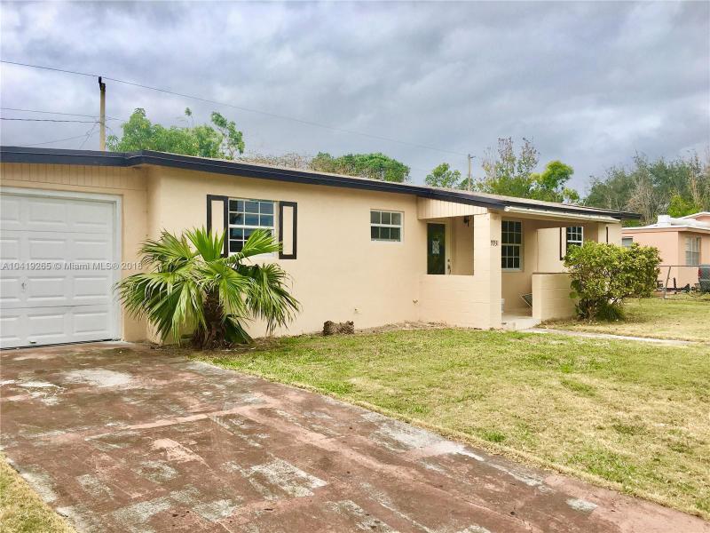 9931 Martinique Dr