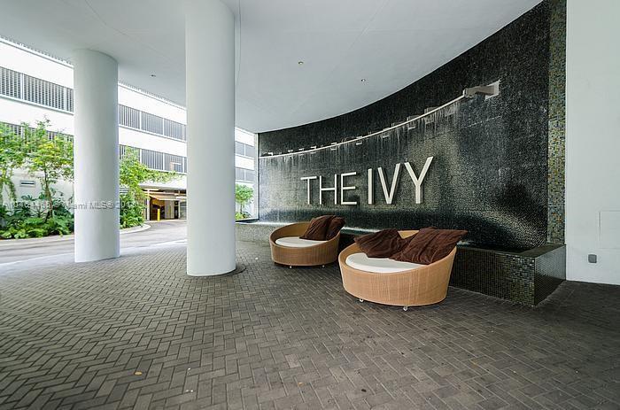 IVY CONDO Ivy Condo