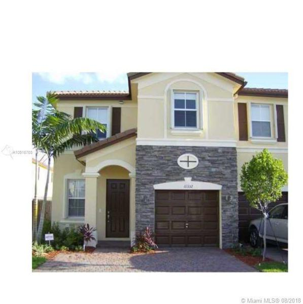8746 NW 112th Path , Doral, FL 33178-5615