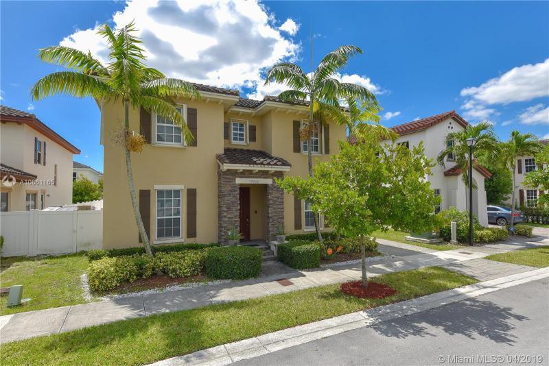 17006 SW 91st Terrace,  Miami, FL