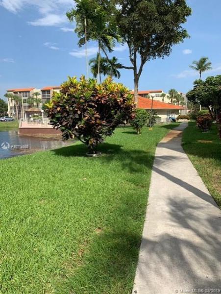 1800 N Lauderdale Ave 1300, North Lauderdale, FL, 33068