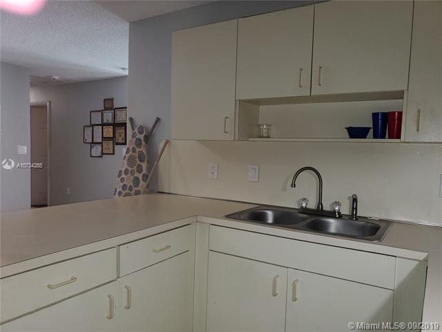 414 Sharar Ave, Opa Locka, FL, 33054