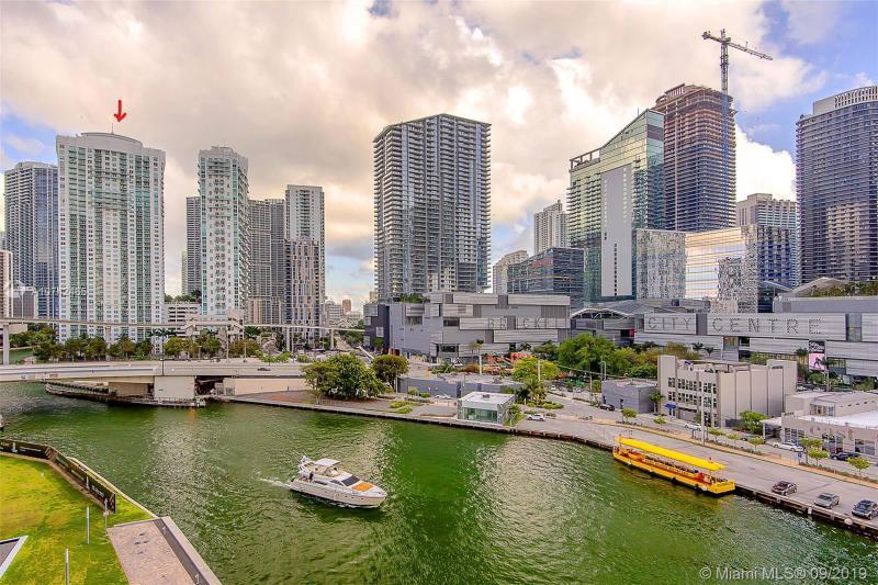 31 SE 5th Street,  Miami, FL